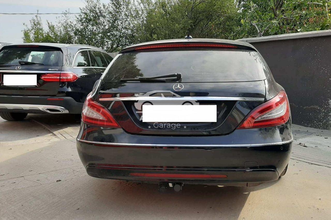 Gancio traino orizzontale per Mercedes CLS