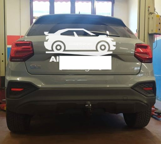 Gancio traino verticale per Audi Q2